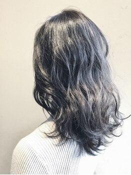 ヘアーメイクグレース 松山インター店(HAIR MAKE GRACE)の写真/高濃度美容液配合トリートメント【Aujua】1人1人の髪に合わせた完全オーダーメイドケア♪艶感も手触りも◎