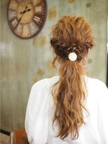 ノエル ヘアー アトリエ(Noele hair atelier)ツイスト×波ウェーブ×ルーズアレンジ