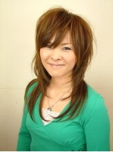 ヘアーアート アース(HAIR ART EARTH)ふんわり丸みのあるストレートで女性らしさUPスタイル