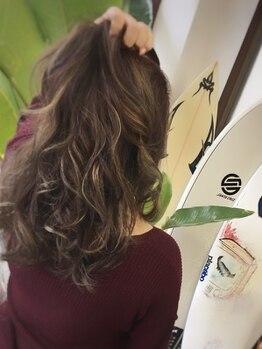 ルーツ ヘアー(Roots hair)の写真/最旬☆[イルミナカラー]と[THROW]でツヤと抜け感のあるこなれstyleに♪話題のカラーを安心価格でお届け◆