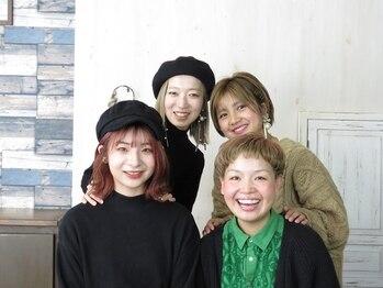 マーブルヘアラボ(marble Hair Lab.)の写真/【女性スタイリスト多数在籍☆】ママさんスタイリストも多数在籍しているので、小さなお子様連れも大歓迎♪