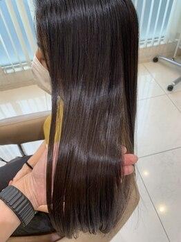 アッシュ 日吉店(Ash)の写真/くせ毛やうねりの原因は毛穴にあるんです!丁寧なカウンセリングでお客様に合わせたヘアケアMENUをご提案!