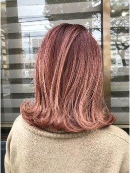 ナンバーファイブ(NUMBER FIVE)の写真/上質なトリートメントで髪の内側から補修。ダメージを気にされている方必見!