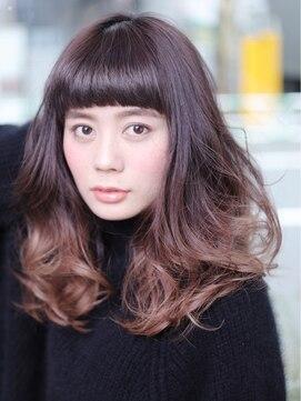 アルカ 横須賀中央店(Aluca)シャープさは王道巻き髪で【横須賀中央】