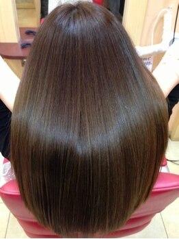 サウザンドカラーの写真/【阪急石橋駅スグ】デザインを綺麗に魅せるためにはダメージケアが大切☆超純水ナノミストで髪に潤いを♪