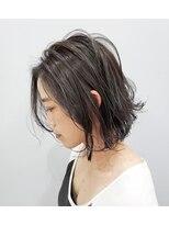 エイム ヘアメイク 横川店(eim HAIR MAKE)ダークグレー×切りっぱなしボブ
