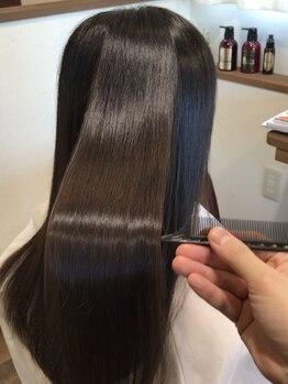 ヘアルーム シュエッチュール(hair room chouetture)の写真/《ハリスノフトリートメント》で髪質を改善し、理想以上のうるツヤ髪が叶う♪翌日からのお手入れも楽に!