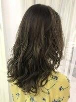 ヘアアンドメイクグラチア(HAIR and MAKE GRATIAE)ミックスカラー☆マッドアッシュグレージュ♪