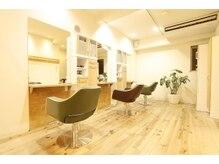 ヘアサロン パダン 新高円寺(hair salon padan)の雰囲気(アットホームで内装で居心地のいい店内。)