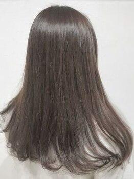 ラズ(Laz hair)の写真/生まれつき!?と思われるような自然な仕上がりへ。まっすぐになり過ぎない、しなやかなストレートを─☆