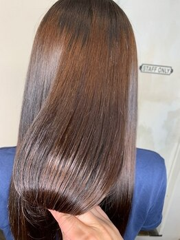 ブローチ(Brooch)の写真/【栄2番出口・3分】雑誌『In Red』にも掲載★クセ毛を知り尽くした専門店ならではの【クセストパー(R)】