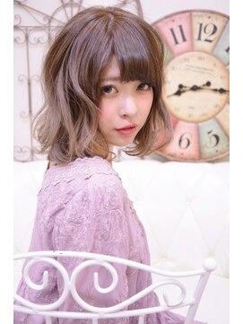メイズ(MAZE)ウェーブミディアムボブ【メイズ東中野・鍛原志行】