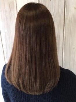 サンク ドリームプラザ店(CINQ)の写真/Aujuaソムリエ在籍◎アナタに合ったトリートメントで乾燥・パサつき・クセ等のお悩みを解決。輝く美髪に☆