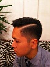 デュース ヘアーメイクス(DEUCE Hair Makes)コームオーバースタイル