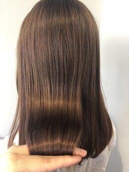 """ストーリー(STORY by Natural Hair)の写真/自然なストカールも大人気!一人ひとりの髪質・クセの状態を見極め、憧れの""""サラ艶ストレート""""が叶う…★"""