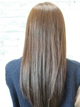 インアボトル (in a Bottle)の写真/髪や地肌に優しい上質なオーガニックカラー使用で健康的なツヤ髪GET☆丁寧なカウンセリングで理想を形に♪