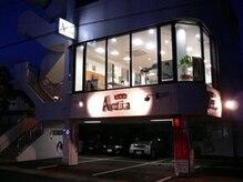 美容室 アクティア(Actia)の雰囲気(駐車場完備で屋根の下のスペースに止められます。)