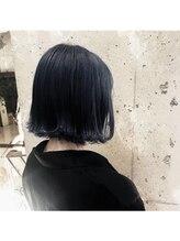 美容室 イズ 館林店(Iz)ネイビーブラック_フレンチボブ