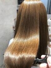 ヘアメイク カラフル(hair make colorful)ハイトーンカラーも毛先までツヤ髪へ♪
