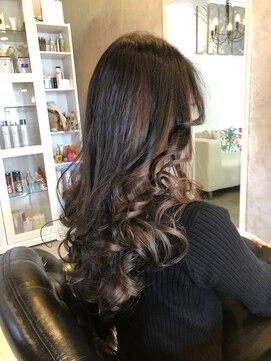 ヘアー アトリエ エゴン(hair atelier EGON)ロングインナーカラー