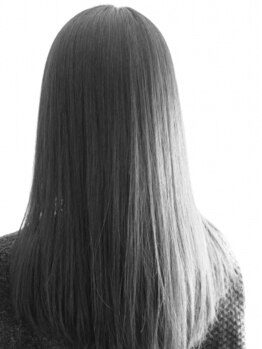 フェリールヘア(Felire hair)の写真/傷みがちな縮毛もケアまでしっかりサポート!ダメージレスでツヤツヤ髪に♪忙しい朝の時間短縮にも最適◎