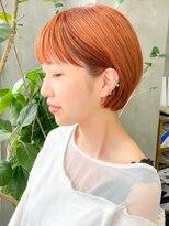 テトヘアー(teto hair)ショートボブ オレンジカラー ボブ 簡単スタイリング 耳かけ