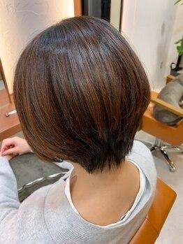 アメ ヘナサロン(AME)の写真/ツヤのある健康的な髪を求める大人女性に自信をもっておススメできる白髪染めだけではないヘナの効果を!