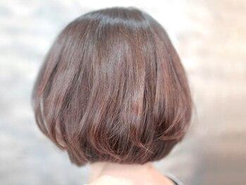 ヴィソップ(V.S.O.P)の写真/地肌と髪に優しい◎毎月染めるグレイカラーだからこそ敏感肌/髪のダメージ/色味など不安な事はご相談下さい