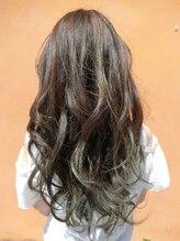 ヘアアンドメイク スタジオ えにし(Hair&Make Studio)グラデーションカラー
