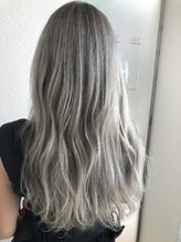 ヘアーモード ケーティー 尼崎本店(Hair Mode KT)ホワイトアッシュグレージュ