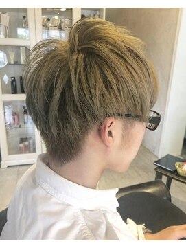 ヘアー アトリエ エゴン(hair atelier EGON)ハイトーンショート