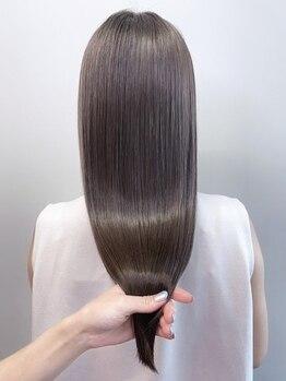ロットアニバース(lott annibirth)の写真/素髪のようになめらかだから縮毛矯正と呼ばせない!最新の美髪専用の髪質改善【エンジェルストレート】
