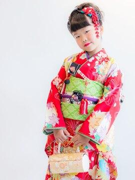ヘアーサロン ラフリジー(Loufreasy)七五三、7歳のお子様の着付け・ヘアセット・メイク 8990円