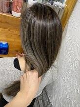 今までブリーチを使ったカラーで髪の傷みに悩んできた方へ…Rarugaではカラーのための髪質改善ができます