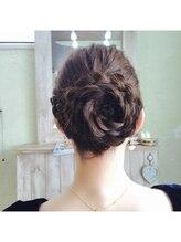 ヘアーデザイン アヴニール(hair design AVENIR)飾りがなくても華やかパーティヘア