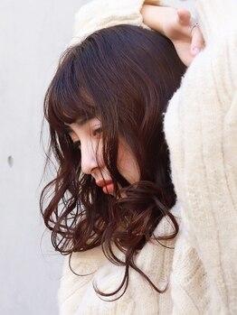 ルシードスタイルトトサ(LUCIDO STYLE TOTOSA)の写真/自然由来の低刺激、低ダメージの薬剤で《明るい発色×ツヤ感》が実現!デザイン性の高い白髪染めはお任せ◎