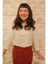 パーフェクトビューティーイチリュウエスエス(perfect beauty ichiryu SS)オン眉がアクセントのガーリー女子