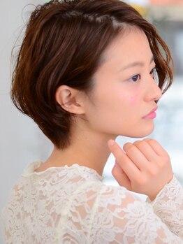アリシア(ALICIA)の写真/【大人女性専門美容室】年齢によって変わる髪質―スコープを使ったカウンセリングで今必要なヘアケアを♪