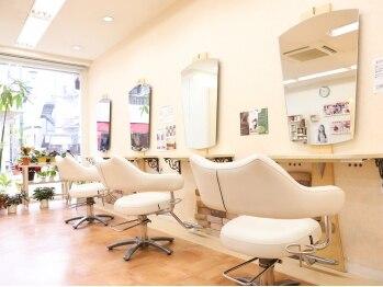 ヘアスタジオ ルピナス(Hair studio lupinus)の写真/【下赤塚駅徒歩4分】駅チカで通いやすい♪裏通りにある落ち着いた雰囲気のサロン。美容室が苦手な方にも◎