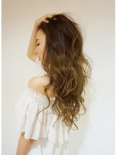 ララヘアー(LaLa hair)プルエクステで巻き髪
