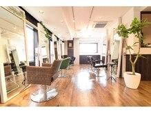 アグ ヘアー シータ 大宮店(Agu hair theta)の雰囲気(ゆったり寛げる空間。家にいるようにRelax。)