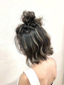 ヘアハウス ルアナ(Hair House Luana by NYNY)ハイライトアレンジ☆