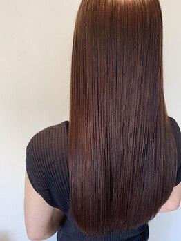 ヘアーメイク グレース ヴィヴィ(HAIR MAKE GRACE ViVi)の写真/Aujuaを使用したヘアエステは、髪質やダメージ状態に合わせて専任のソムリエがオーダーメイドでご提案♪