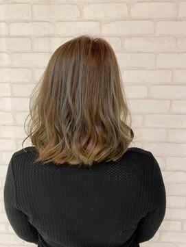 ビス ヘア アンド ビューティー 西新井店(Vis Hair&Beauty)ハイライト/ナチュラル/アッシュ/バレイヤージュ/大人かわいい