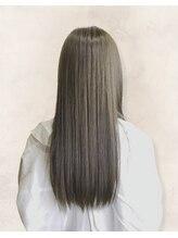 ルシードスタイルサワ(LUCIDO STYLE sawa)グレージュのナチュラルストレート☆髪質改善で透明感up