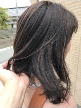 ヘアー プティ(hair puti)の写真/落ち着いた暗髪から、透明感ある明るめカラーまで!誰もが憧れる上品なツヤ髪美人へ変身…♪