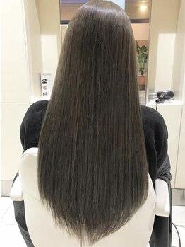 ボブインターナショナル(bob international)の写真/丁寧なカウンセリングと安定した技術であなたの髪を美髪へ導きます◎毛先までツヤツヤのストレートヘアに★