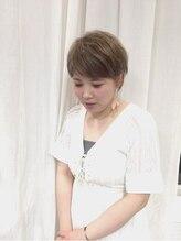 ヘアメイクビューティフル(hair make beautiful)三宅 貴子