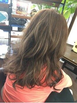 ルーツ ヘアー(Roots hair)の写真/<必ずオーナーが施術>7割の方がリピートするRoots hairのデジタルパーマ♪オシャレ度◎のヘアにイメチェン