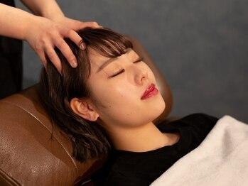 ピエスヘア(PIE'CE HAIR)の写真/美容室内にヘッドSPA専門店OPEN☆専門店だから叶う手法で目の疲れやお疲れ顔も解消!嬉しいリフトUP効果も◎